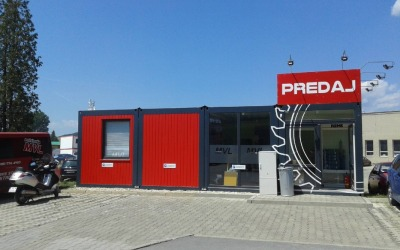 Commercial building Prešov