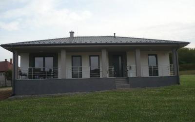 Family house Kalnište
