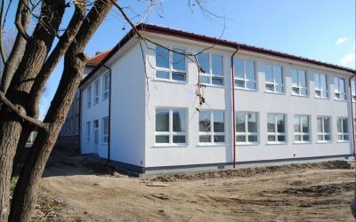 School Slovenský Grob